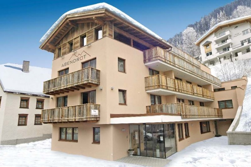 Chalet Hotel Abendrot - Top 10 Catered Ski Chalets 2018-19