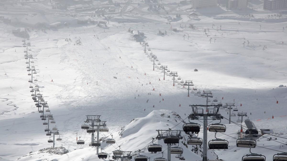 Alpe dHuez Chalets Alpe dHuez Ski Chalets Alpenglow