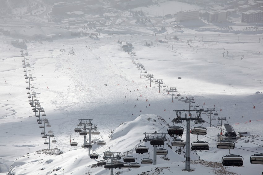 Chairlifts in the ski resort of Alpe d'Huez
